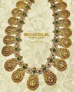 Ram Parivar Haram Antic Jewellery, Indian Jewellery Design, India Jewelry, Jewelry Design, Bridal Jewelry, Gold Jewelry, Gold Earrings Designs, Jewelry Patterns, Jewelry Collection
