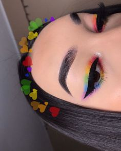 makeup 2018 in pakistan makeup yellow dress makeup gems eye makeup remover bad for your eyes makeup and glasses eye makeup trends makeup video mein makeup designs Fancy Makeup, Makeup Eye Looks, Creative Makeup Looks, Eye Makeup Art, Crazy Makeup, Cute Makeup, Skin Makeup, Makeup Inspo, Eyeshadow Makeup
