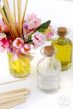 Arranjo Perfumado com essências de Cascas e Folhas 50% e Primavera 50%.