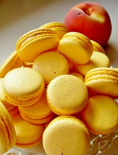 My love for Macarons, Maldegem. Cookie Desserts, Just Desserts, Cookie Recipes, Delicious Desserts, Dessert Recipes, Yummy Food, French Macarons Recipe, French Macaroons, Cakepops