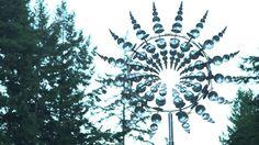 Anthony Howe's massive kinetic wind sculptures resemble alien creatures.