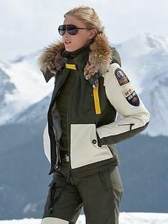 Lisa Vanderpump ski style