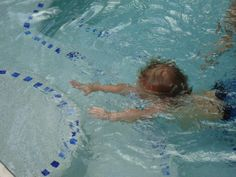 Steps For Teaching a Toddler To Swim