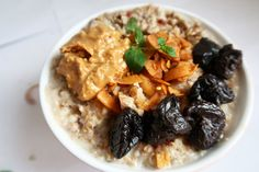 Hot oat meal porridge:) Grains, Curry, Rice, Hands, Meals, Hot, Ethnic Recipes, Curries, Meal