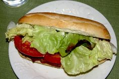 "Featured Recipe: Hoagie Buns <p>If you're trying to get a few last-minute summer picnics in, then you ought to take a look at this week's recipe. Rhodes blogger Whitney shows you how easy it is to make your own soft and fresh hoagie buns right at home. Add a few fresh toppings and you've got picnic heaven on earth!</p> <p><a href=""/blog/blog/featured-recipe-hoagie-buns"">Click here to read the full article...</a></p> #rhodesbread #rhodesfrozendough"