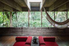 House in Butantã / Paulo Mendes da Rocha - São Paulo, Brazil