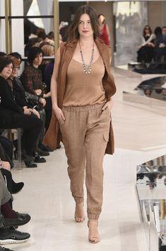 Elena Miró Diva Fashion, Vogue Fashion, Work Fashion, Fashion 2020, Curvy Fashion, Plus Size Fashion, Fashion Outfits, Curvy Outfits, Cool Outfits