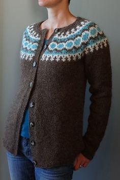 Ravelry: winterlover's Létt-Lopi Cardigan with awesome explanations on how to turn the vest pattern into this cute cardigan!