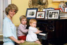 *PRINCESS DIANA, PRINCE's WILLIAM & HARRY ~ Kensington Palace