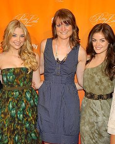 Pretty Little Liars Author Sara Shepard Doesn't Know Final Outcome of - Us Weekly