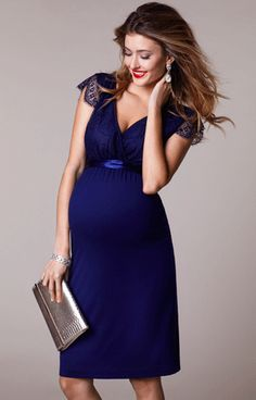 25f759145d5 Beautiful eyelash details and a nod to the vintage era give our Rosa short  maternity dress