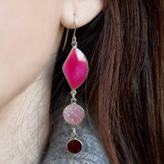 Inspirasjonsbilder fra Opro - norske emaljesmykker Enamel Jewelry, Jewellery, Drop Earrings, Handmade, Fashion, Moda, Jewelery, Jewelry Shop, Drop Earring