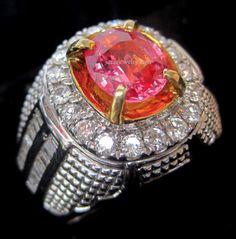 Padparadscha Shappire Ceylon 1,6 cts, Ring Emas + Berlian. Harga 35 jt.