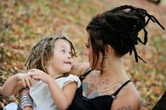 I would totally dread my kids hair, less fuss and mess. Dreads Styles, Dreadlock Hairstyles, Boy Hairstyles, Kids Dreads, Mundo Hippie, Dreadlock Rasta, Beautiful Dreadlocks, Natural Hair Styles, Long Hair Styles