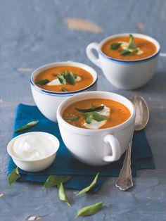 Polévka je pěkně ostrá a koření i způsob přípravy zajistí, že ani nepoznáte, že je z mrkve. Můžete z hádání hlavní přísady udělat kvíz pro své hosty. Korn, Thai Red Curry, Ethnic Recipes