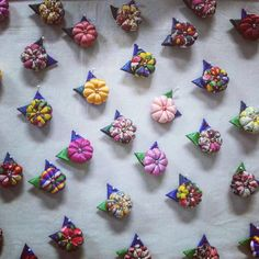 Pin by 미선 김 on 브로치 Christmas Decorations To Make, Christmas Diy, Large Christmas Baubles, Kanzashi Flowers, Ribbon Art, Tassel Jewelry, Sewing Art, Fabric Beads, Small Quilts
