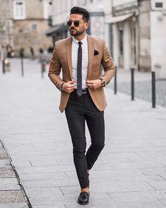 Cool and Stylish Look!- Cool and Stylish Look! Beige Blazer Outfit, Blazer Outfits Men, Mens Fashion Blazer, Mens Boots Fashion, Best Mens Fashion, Suit Fashion, Rock Outfits, Emo Outfits, Fashion 2018
