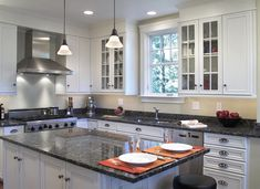 Small Kitchen – Useful Tricks to Make the Most Use of Your Small Kitchen