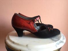 1930's Shoes/ Antique Shoes / Women's US Size 10 by closetcaseVNTG