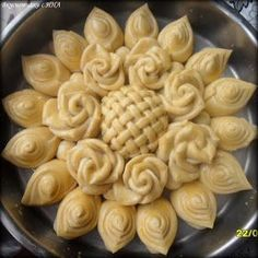 Bread Recipes, Baking Recipes, Dessert Recipes, Savoury Baking, Bread Baking, Just Pies, Bread Art, Bulgarian Recipes, Food Garnishes