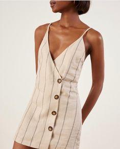 ee813709dc63 39 Best Burberry Dresses images