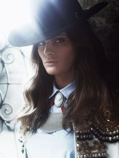 Isabeli Fontana by Alexi Lubomirski for Vogue Spain, February 2012