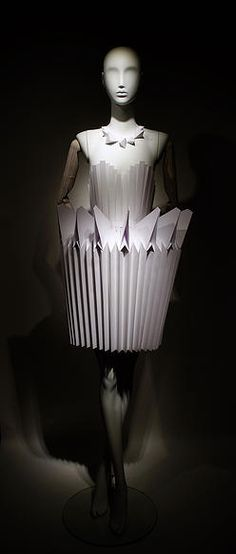 """THE EMERGENT TALENT, Paris,France,""""Origami Paper Dress for hair artist,Cliff CK,for his hairstyling competition"""", made by YMK DESIGN, pinned by Ton van der Veer"""
