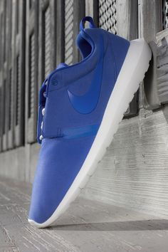 Nike Roshe Run NM (Natural Motion): Blue