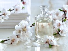 Glycerin for skin whitening is a sure shot way to get tantalizing skin that light up a room! This might sound unusual but most divas and celebrities are equipped with knowledge regarding skin benefits of glycerin. Skin Care Regimen, Skin Care Tips, Perfume, Glycerin, Best Essential Oils, Pure Essential, Massage Oil, Spa Massage, Body Lotions