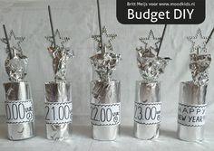 Mogen jouw kinderen opblijven met Oud & Nieuw? Britt maakte deze budget diy: een Oud & Nieuw afteller.
