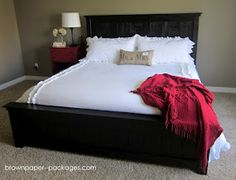wood pallet bed- I want this!!