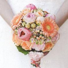 Brautstrauß Rosé Aprikosy