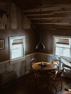 Cabin Interiors, Dining Room Inspiration, Autumnal, Living Room, Spaces, Dark, Home, Photography, Photograph