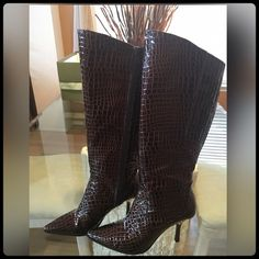BROWN CROS KNEE HIGH BOOTS NEVER WORN! Excellent Condition. Gorgeous on. Heel height 3 3/4. COLOR BROWN J. Renee' Shoes Heeled Boots