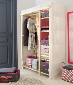 Id es rangement on pinterest bureaus cases and poufs - Armoire penderie fly ...