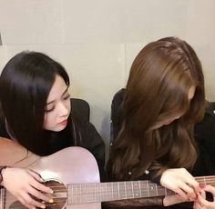 Kim Jennie, Blackpink Youtube, Lisa Park, Blackpink Debut, Cute Baby Videos, Rose Icon, Young Black, Blackpink Photos, Blackpink Jisoo