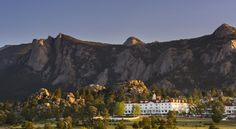 Here's Johnny! 11 Real-Life Horror Movie Locations to Visit - Condé Nast Traveler The Shining - Stanley Hotel in Estes Park, Colorado, where Stephen King wrote the book, and the location for the 1997 TV miniseries based on it The Stanley Hotel, Quick Weekend Getaways, Haunted Hotel, Grand Lake, Travel Channel, Estes Park, Rocky Mountain National Park, The Shining, Location