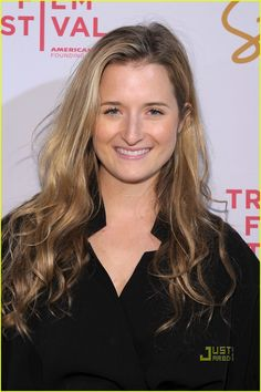 Grace Gummer It Movie Cast, It Cast, Twilight Movie, Meryl Streep, Old Tv, Classic Outfits, Best Actress, American Horror Story, American Actress