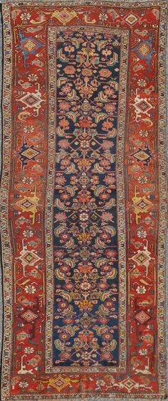 "Persian Malayer rug, 4'7""X9'8"", 1910"