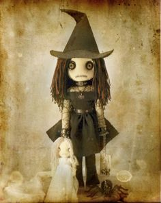 cool witch doll. love the eyes.