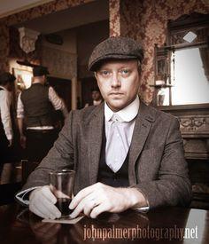 #peakyblinders #tweed #bakerboy #cap #pub #beer #waistcoat #birmingham #bibshirt #vintage