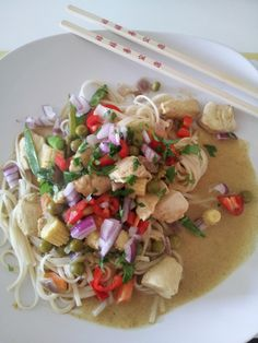 The Dinner Bell: Burmese Chicken and Coconut Kaukswe Curry