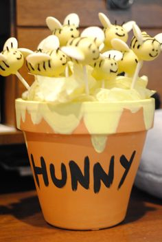 Bumble bee cake balls for baby shower...don't care for cake pops but these are adorable!