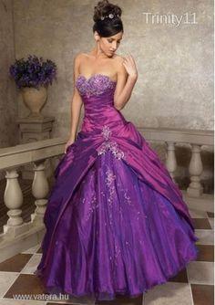 Új lila koszorúslány ruha + abroncs (több méret)