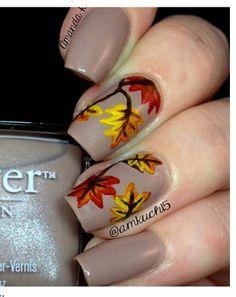 50 Golden Autumn Nails #naildesignideaz #naildesign #nailart #autumnnaildesign #autumnnails ♥ If you enjoyed my pin, pls visit us at http://naildesignideaz.com/ ♥