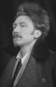 Ezra Pound, 1918 by E.O. Hopp http://exshoesme.com/2011/05/26/e-o-hoppe-image-maker/