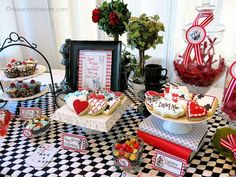 Nissa Lynn P's Birthday / Alice in Wonderland - Photo Gallery at Catch My Party Cookie Bar Wedding, Wedding Cookies, Mad Hatter Party, Mad Hatter Tea, Party Food Bars, Alice In Wonderland Tea Party, Birthday Parties, 15 Birthday, Party Ideas