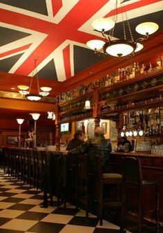 Union Jack ceiling, British themed Pub in Cleveland, Ohio called The Pub. In the USA! Pub Design, Store Design, Café Bar, Pub Bar, British Pub, British Isles, Union Jack Pub, Pub Interior, Interior Design