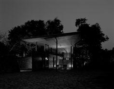 Studio-Mumbai-Belavali-House-1
