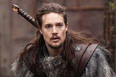 """21 séries para os fãs de """"Game Of Thrones"""" que agora estão órfãos"""